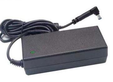 מטען למחשב נייד אוניברסלי Antec AC Notebook Power Adapter 65W